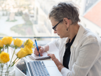 Adult woman with diabetes visiting the DOC. Source: Shutterstock; Copyright: Natalie Board; URL: https://www.shutterstock.com/image-photo/professional-older-woman-working-desk-computer-687565183?src=LMcRGcAoAM8Cf6_vXaSI-w-1-58; License: Licensed by the authors.