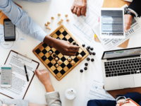 Source: Rawpixel; Copyright: Rawpixel; URL: https://www.rawpixel.com/image/380187/chess-game-business-strategy-concept; License: Public Domain (CC0).