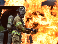 Source: Pixabay; Copyright: Skeeze; URL: https://pixabay.com/en/firefighter-training-live-fire-1717918/; License: Public Domain (CC0).